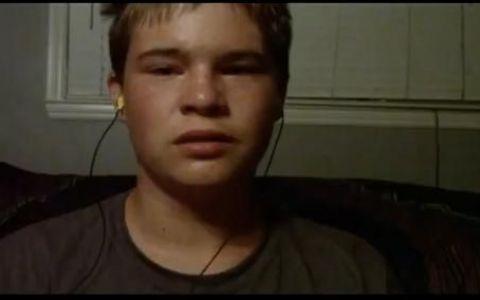 Mesajul cu care un baiat de 14 ani a reusit sa emotioneze 2 milioane de oameni. VIDEO