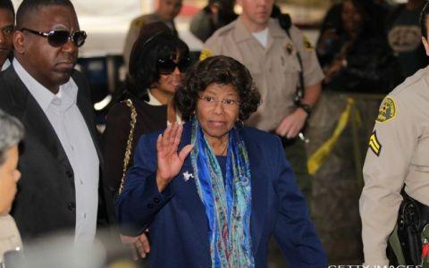 Familia Jackson a renuntat la despagubirile de 100 de milioane de dolari cerute lui Conrad Murray