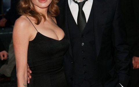 Angelina Jolie i-a trimis o scrisoare de adio lui Brad Pitt:  Daca mi s-ar intampla ceva, atunci el o va gasi