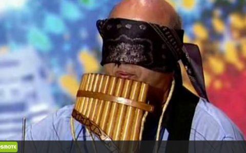Omul-orchestra a ridicat TOATA SALA in picioare: toti voiau sa numere la cate instrumente canta! SUPER VIDEO