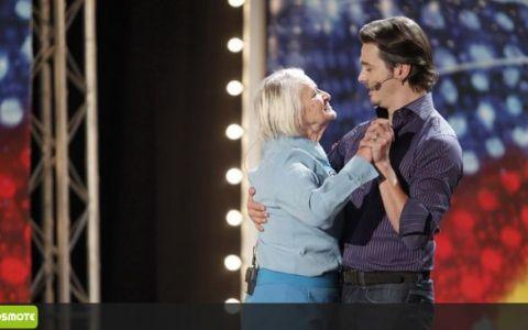 Vineri, la  Romanii au talent : Mihai Petre, invitat la dans de o doamna de peste 80 de ani