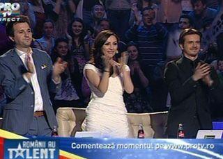 Un REGAL DE FORTA! Andra, Andi si Mihai i-au aplaudat IN PICIOARE. Au fost favoritii publicului si au fost votati PRIMII finalisti. VIDEO