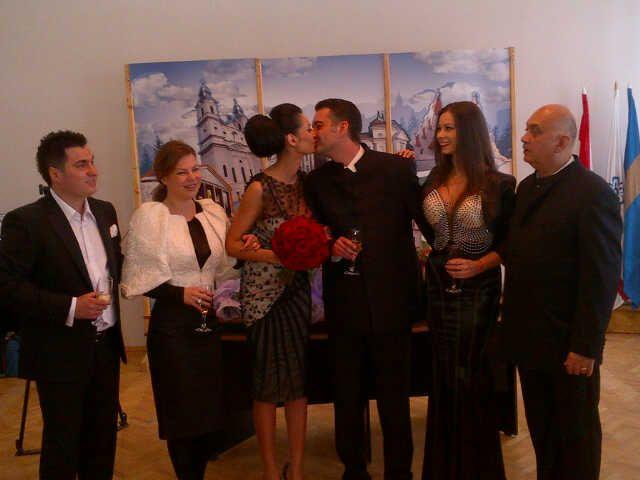 Cel mai fericit moment din viata Nicoletei Luciu: a devenit doamna Csergo! Vezi ce rochie de mireasa si-a ales EXCLUSIV