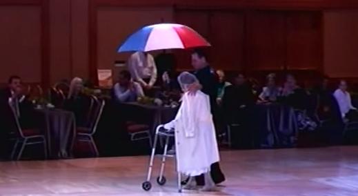 Cea mai TARE bunicuta! Are 94 de ani si danseaza quickstep sen-za-ti-o-nal: VIDEO