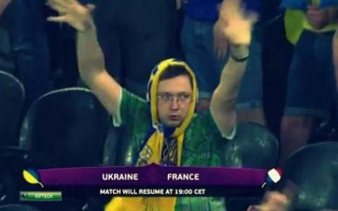 Un suporter ucrainian redefineste notiunea de  sexy . VIDEO super amuzant