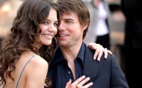Tom Cruise si Katie Holmes divorteaza dupa cinci ani de casatorie. Motivul pentru care s-a destramat unul dintre cele mai populare cupluri de la Hollywood