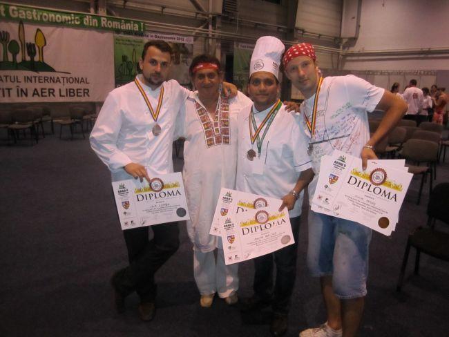 Concurentii  MasterChef , premiati la Campionatul International de Gatit in Aer Liber. S-au intrecut cu participanti din 16 tari