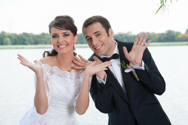 Daniel Nitoiu, prezentatorul Stirilor ProTv de la ora 13:00, s-a casatorit in week-end. GALERIE FOTO cu poze de la nunta