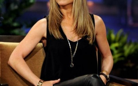Jennifer Aniston, asa cum vor toti barbatii sa o vada: actrita apare goala in noul ei film. Vezi imaginile la care nimeni nu se astepta