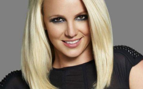Arata mai bine decat oricand! Britney Spears, surprinsa de paparazzi in costum de baie. FOTO