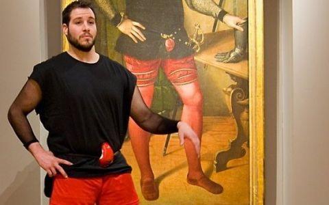 Ce a descoperit iubita acestui tanar intr-un tablou din secolul al XVI-lea.  Ma uitam la el si nu imi venea sa cred