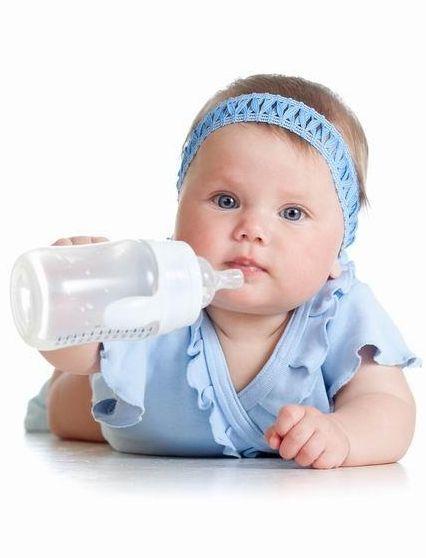 13 lucruri pe care nu merita sa le cumperi in primul an de viata al bebelusului