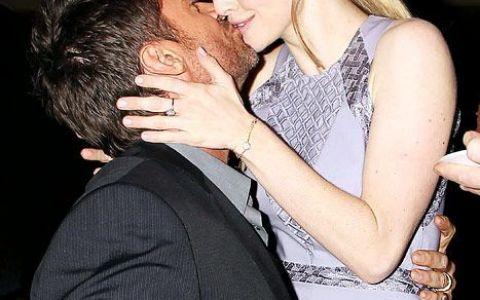 Amanda Seyfried: ce surpriza i-a facut Hugh Jackman vedetei din Mizerabilii de ziua ei de nastere. Cosette, rolul pe care actrita il astepta de 12 ani