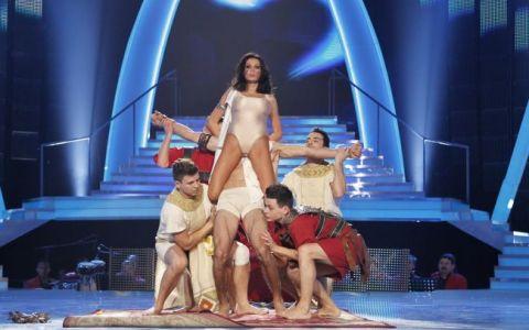 In timpul concursului este o adevarata diva, dar uite cum arata inainte de  Dansez pentru tine . Prin ce trece Nicoleta Luciu ca sa arate atat de bine
