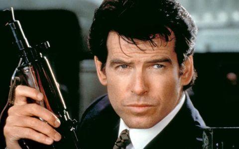 Pierce Brosnan, aproape de nerecunoscut. Ce look a adoptat fostul interpret al personajului James Bond: FOTO