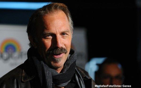 Kevin Costner, in discursul sustinut la Gala pentru decernarea Globurilor de Aur 2013:  Le multumesc oamenilor din Romania