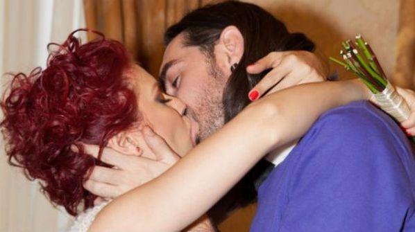Cristina Haios, de la Impact, s-a maritat cu colegul ei de trupa