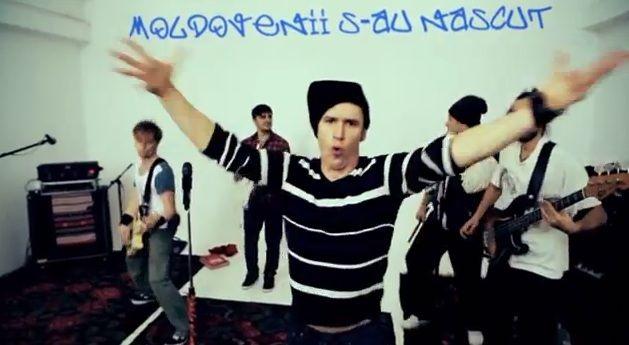 Zdob si Zdub au lansat un nou single,  Moldovenii s-au nascut , la  Happy Hour . Asculta si tu piesa aici