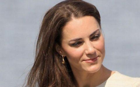 Kate Middleton, in urma cu 17 ani, in echipa de hochei a scolii: FOTO