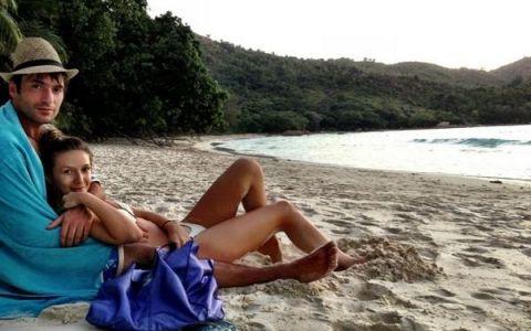Adela Popescu si Radu Valcan, excursie in Paradis. Poze de vacanta