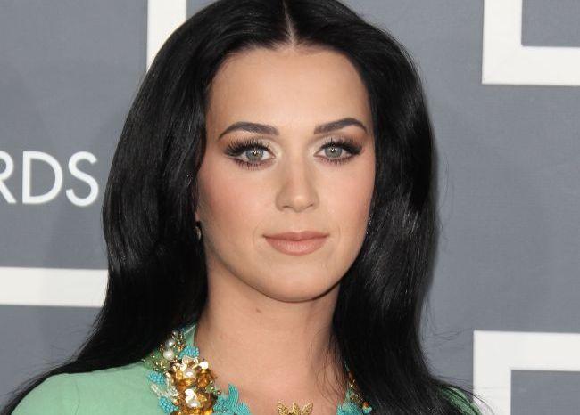 Cele mai decoltate aparitii la Grammy 2013: Taylor Swift, Katy Perry si Skylar Grey. Cum a reusit Rihanna sa fie sexy si cuminte