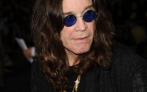 Ozzy Osbourne, intr-o ipostaza mai putin obisnuita. Cum arata artistul fara celebrii sai ochelari rotunzi: