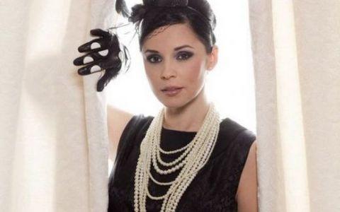 Andreea Marin, asa cum putini si-o mai amintesc. La 19 ani, cand participa la Miss Romania: FOTO