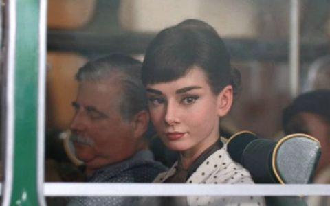 Audrey Hepburn, intr-o reclama la ciocolata: VIDEO