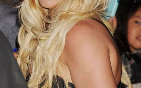 Gestul surprinzator pe care Britney Spears l-a facut imediat dupa o sedinta foto. Paparazzii au izbucnit instantaneu in ras: FOTO