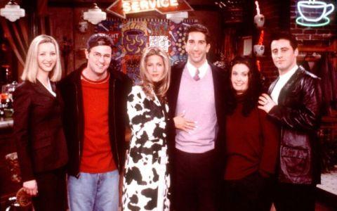 Iti mai aduci aminte de Phoebe, actrita din serialul  Friends ? Cum arata blonda acum, la noua ani de la terminarea filmarilor