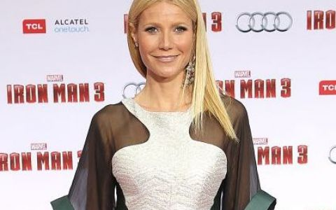 Gwyneth Paltrow, intr-o rochie transparenta care i-a expus nurii pe covorul rosu. A dezvaluit de ce a fost numita cea mai frumoasa femeie din lume