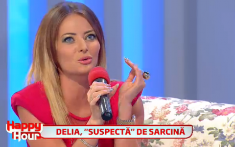 Delia, o aparitie super sexy intr-o rochita roz la  Happy Hour . Cui i-a facut o declaratie de dragoste, in direct