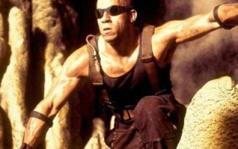 Trailer pentru Riddick: Vin Diesel se lupta cu extratrestri si monstri infricosatori in filmul SF pe care toti fanii starului il asteapta