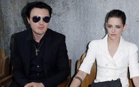 Kristen Stewart l-a uitat pe Robert Pattinson. Cine este noul iubit al actritei