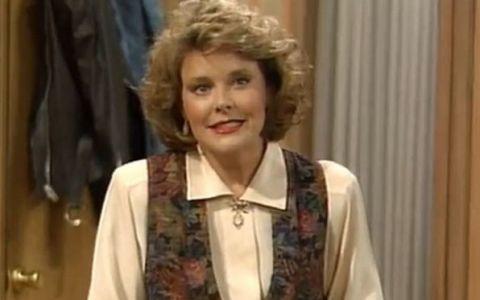 O mai tii minte pe Marcy, din Familia Bundy? Cum arata actrita la 55 de ani - FOTO  VIDEO