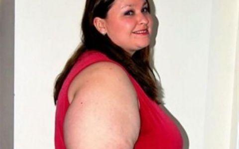 A slabit 100 de kilograme, iar viata ei s-a schimbat complet. Transformarea fabuloasa a unei femei care suferea de obezitate: FOTO inainte si dupa