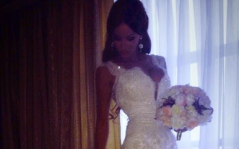 Eleganta si frumusetea Biancai, umbrite la nunta de insasi sora ei. Cum s-a imbracat Oana si de ce a atras toate privirile