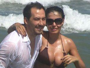 Andreea Mantea sau Claudia? Fosta si actuala iubita a lui Stefan Stan, la proba costumului de baie
