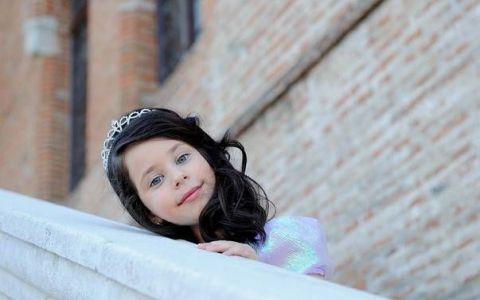 Este extrem de mandra de fetita ei:  Eu o vad tot mica . Iata cum arata Violeta, fiica Andreei Marin si a lui Stefan Banica, la 6 ani