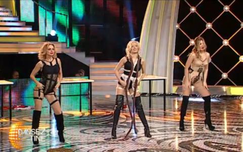 Gina Pistol, Jojo si Laura Cosoi au facut cel mai incitant dans cu putinta, in tinute sumare demne de revistele pentru barbati - VIDEO