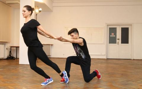 Catrinel Menghia danseaza pentru un caz umanitar, vineri, de la 20.30, in marea finala de la  Dansez pentru tine , la ProTV