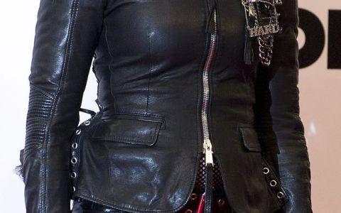 Madonna are un nou iubit. Diferenta de varsta dintre ei este de 29 de ani