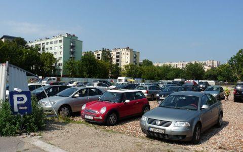 Premiera in Bucuresti: Parcari gratuite pentru cei care nu folosesc masinile pe timpul iernii. Care sunt conditiile pentru obtinerea lor