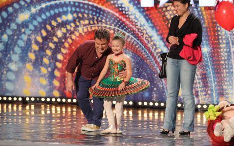 Alexandra Siverenco de la  Romanii au talent  are doar 6 ani, dar ambitii cat un om mare: Sa ajute copiii bolnavi si sa fie o balerina cu renume