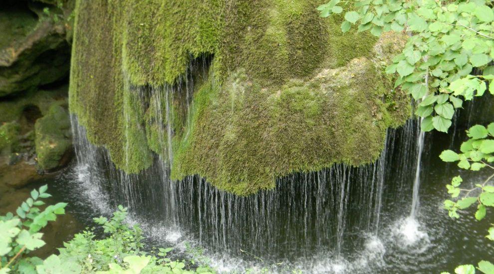 O cascada din Caras-Severin, printre cele mai spectaculoase caderi de apa din lume