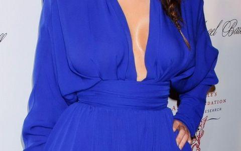 Aparitie incendiara in Thailanda cu Kim Kardashian. Cum a fost surprinsa in bikini viitoarea sotie a lui Kanye West