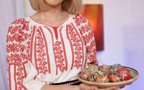 Diana Dumitrescu imbraca pentru prima oara costumul popular, special pentru editia de Paste a emisiunii  De Suflet