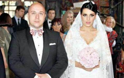 Sorana de la ASIA divorteaza! Doar doi ani au trecut de la nunta si totul s-a terminat. Sa fie de vina prietenia ei cu Dan Bordeianu?