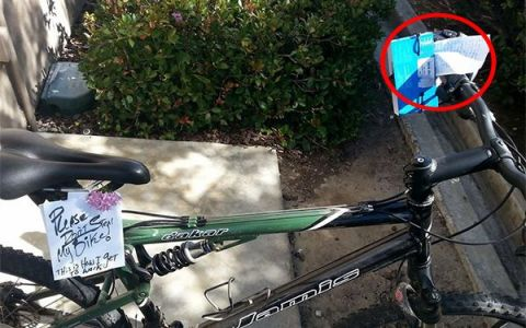 Si-a lasat bicicleta nesupravegheata, cu un biletel:  Va rog, nu o furati! . Ce a gasit cand s-a intors