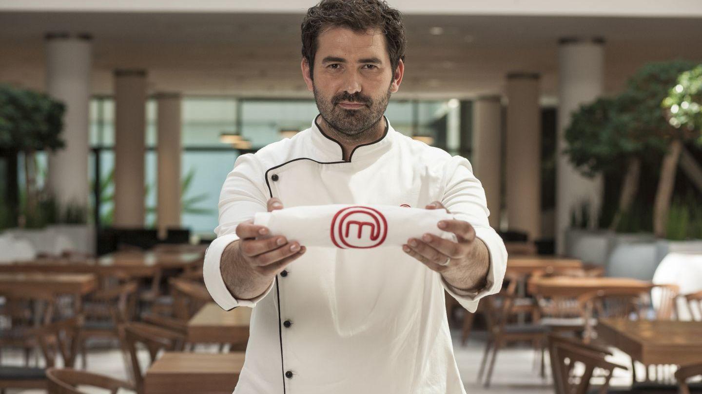 """Adrian Hadean, adevarul despre pasiunile lui. La ce a renuntat juratul """"MasterChef"""" pentru a invata gastronomie"""